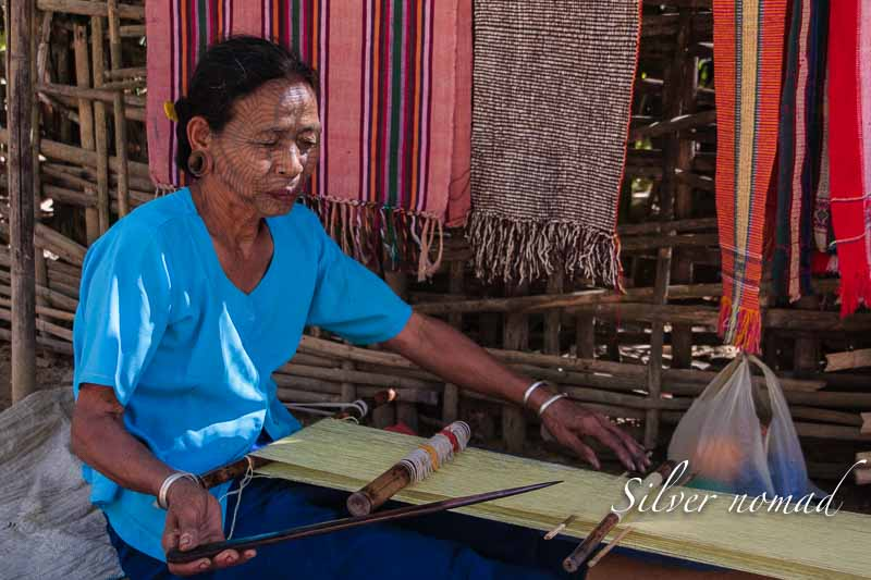 Weaving on a waist loom