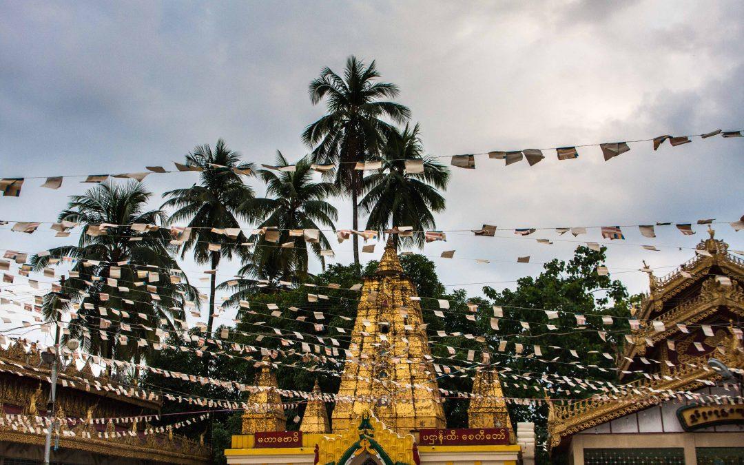 Botataung and Birth Day Buddhas