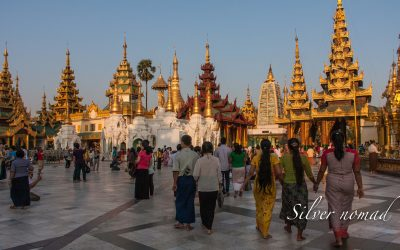 Shwedagon Pagoda – A beautiful winking wonder
